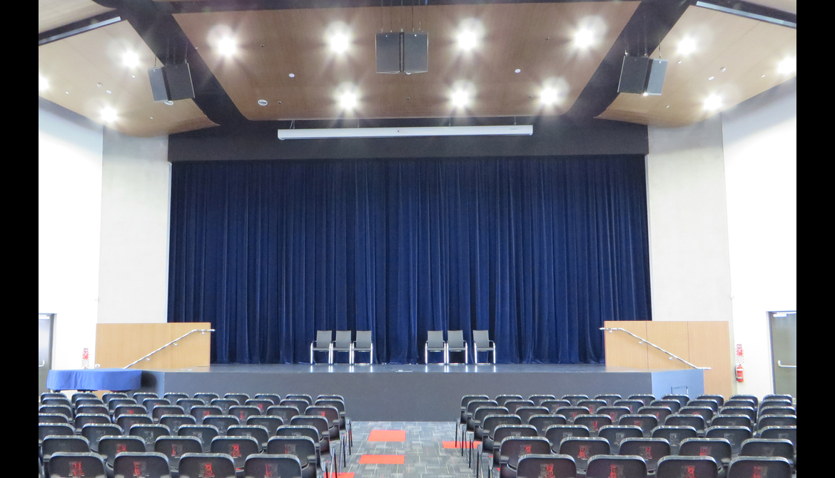 Sacred Heart College: Stage