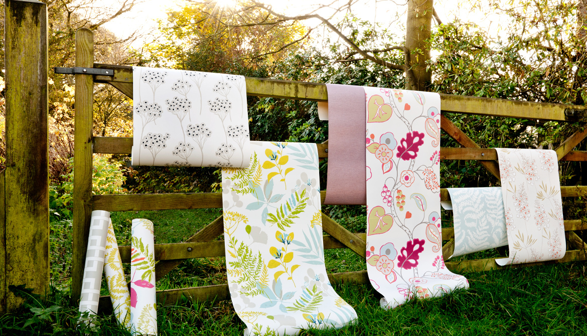 Wallpaper Clarke & Clarke Wild Garden Collection