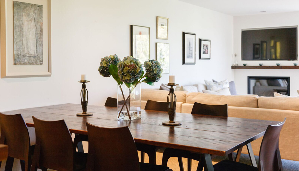 Dining Area - Family Room